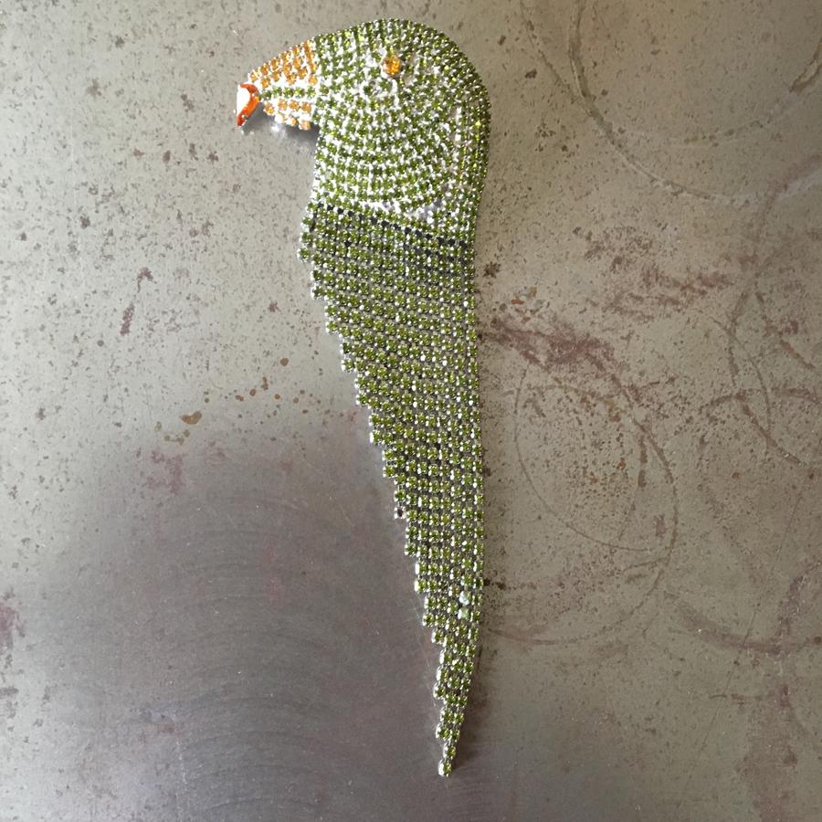 Brosch i form av papegoja, vintage.