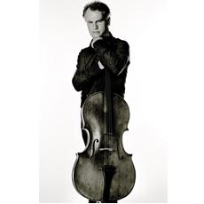 Torleif Thedéen spelade Bach hos Bernhard & Weiss.