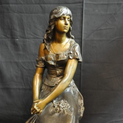 Skulptur av kvinna, Auguste Moreau