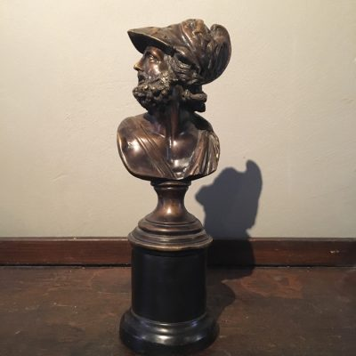 Antik bronsbyst från 1800-talets slut föreställande den grekiske hjälten Ajax.