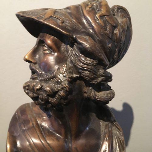 Detaljbild, bronsbyst föreställande Ajax.