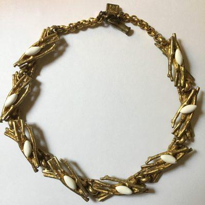 Halsband, Gavilane Paris